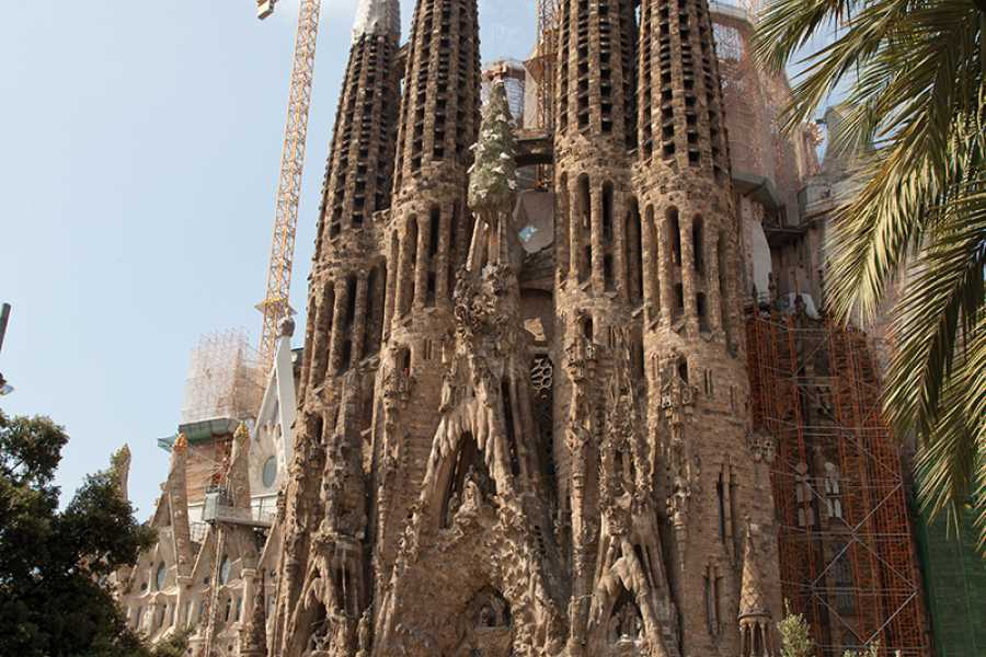 SANDEMANs NEW Barcelona Tours Gaudí & Modernism Tour of Barcelona