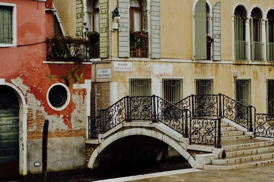 Venice Tours srl VENICE AND ITS ROOTS, walking tour.