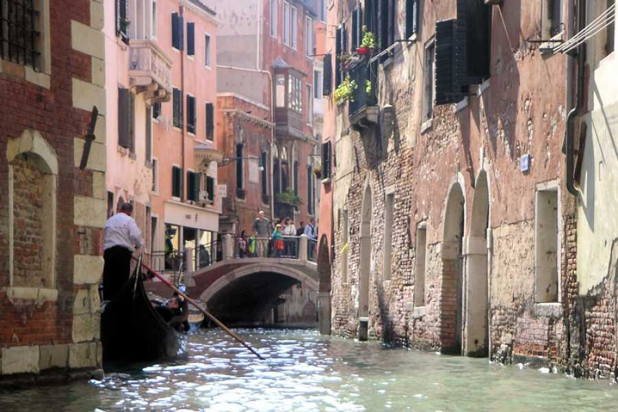 Venice Tours srl Discover Venice: Gondola Ride & Walking Tour.