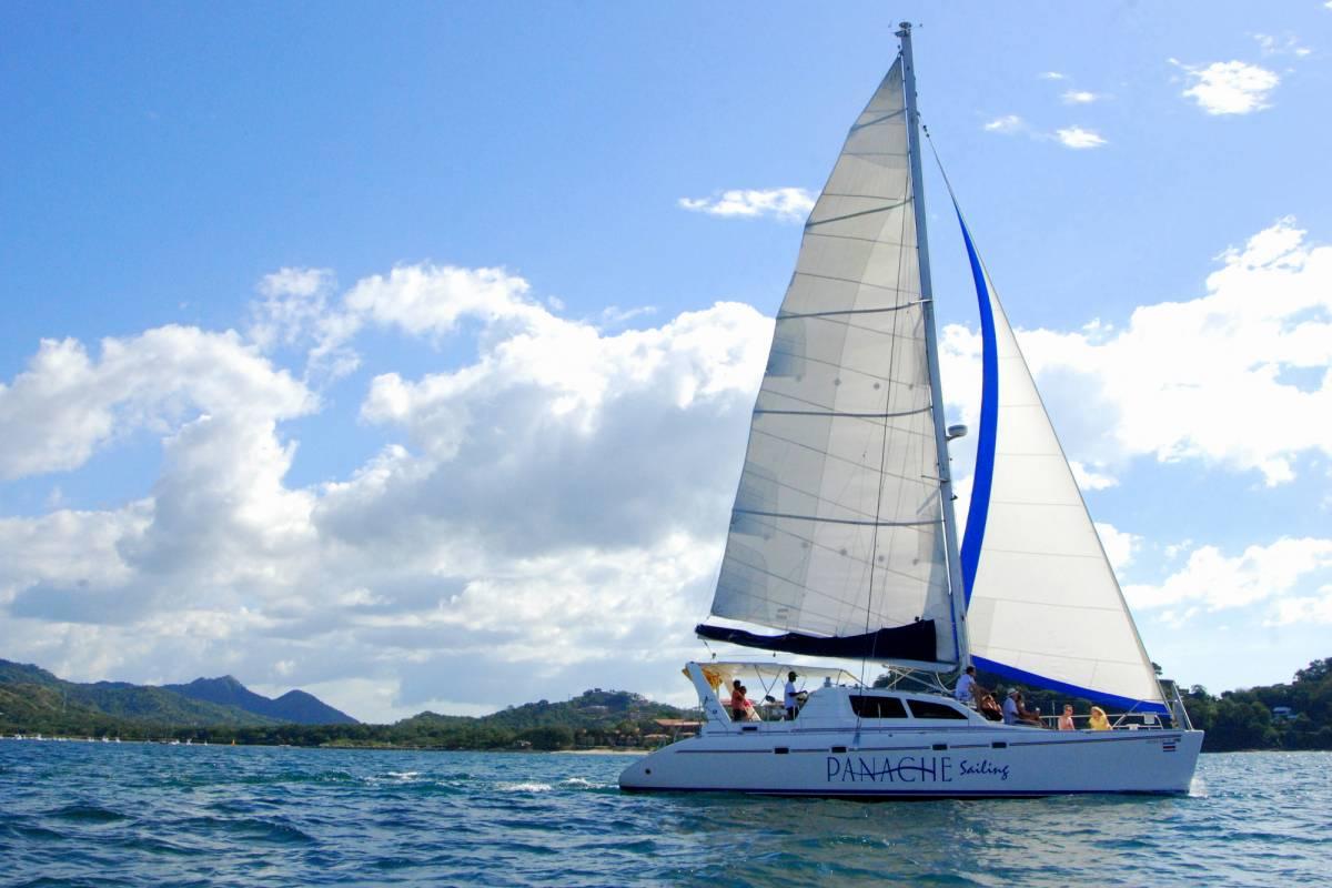Tour Guanacaste Private Catamaran Charter