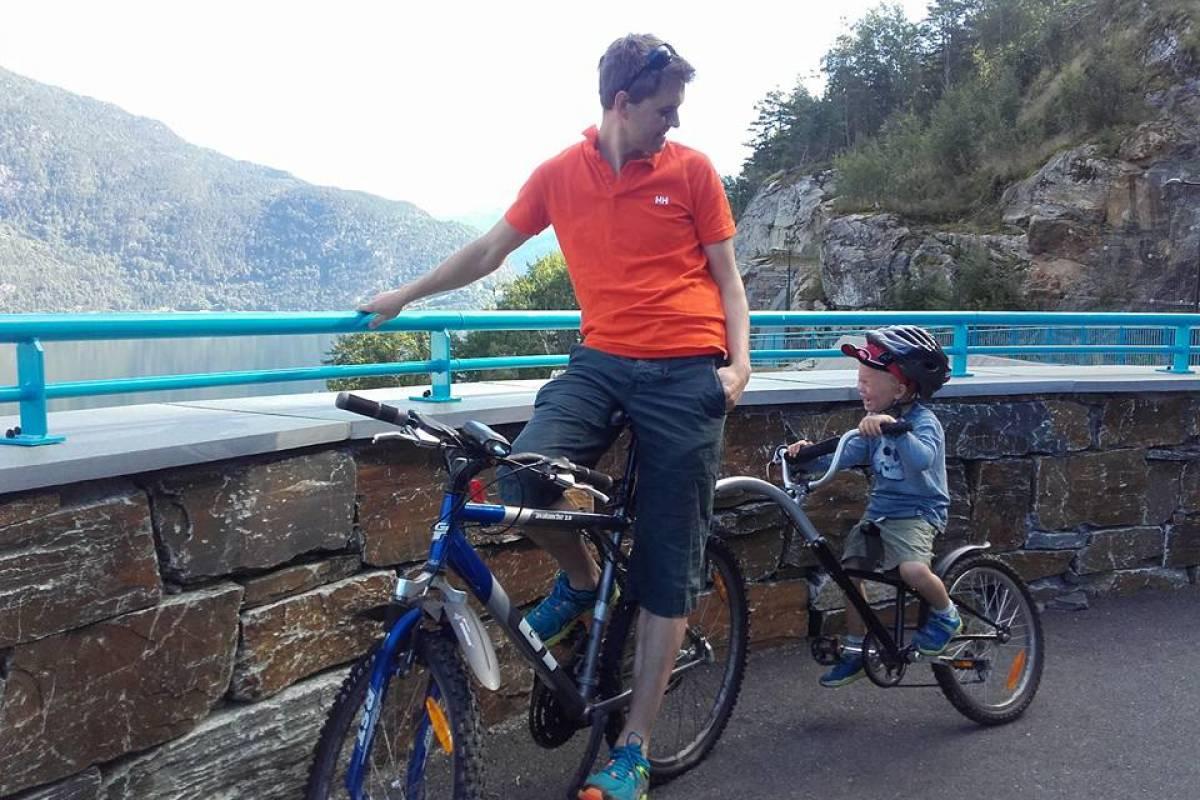 Stana Gard Sykkeltur på Lofthus på leid sykkel