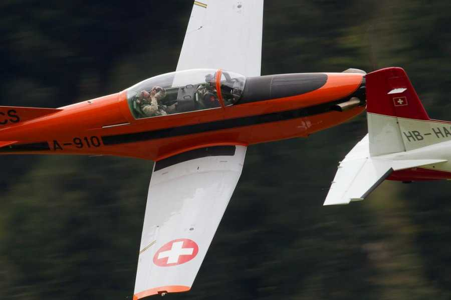 HB Adventure Switzerland AG Adventure flight with Airforce Trainer PC 7 aircraft