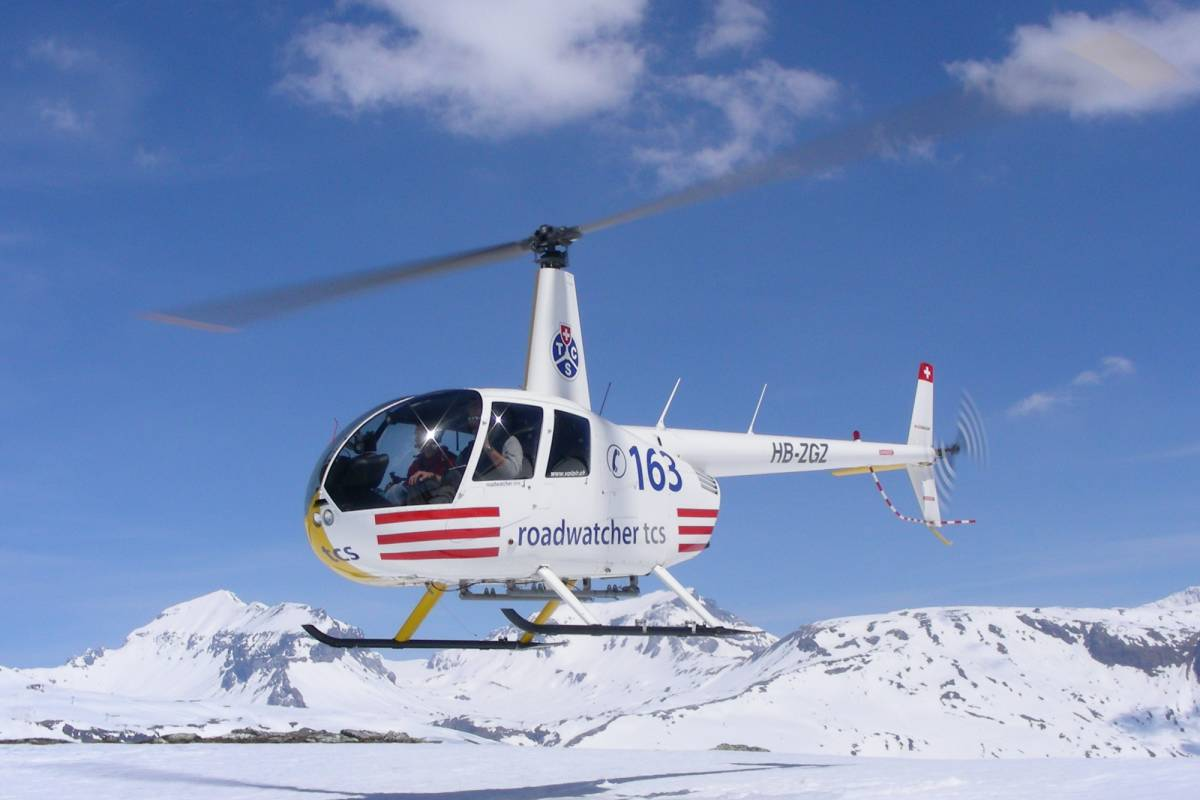 HB Adventure Switzerland AG Private scenic Helicopter flight with Glacierlanding