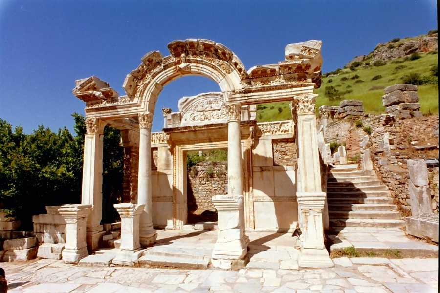 BarefootPlus Travel Istanbul, Cappadocia and Ephesus 7 Day Private Tour