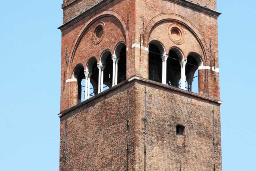 Bologna Welcome Towers Tour