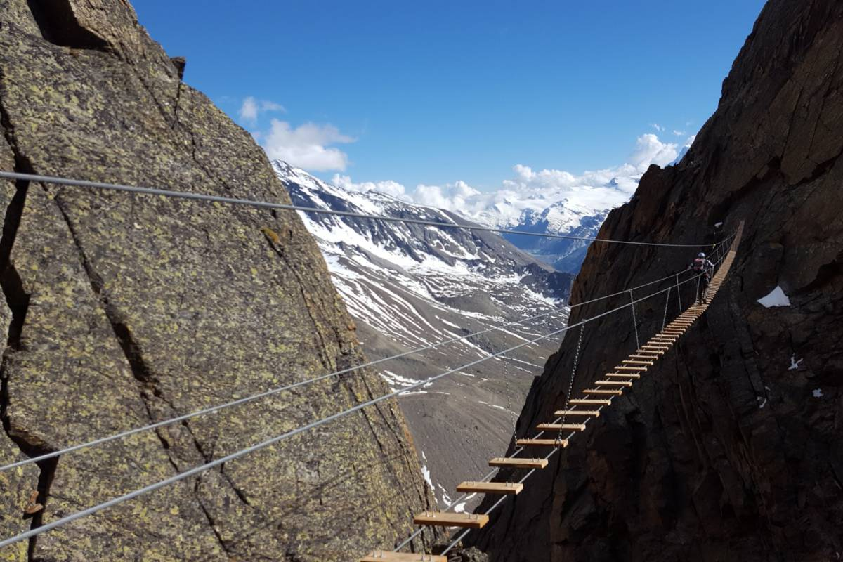 Saas-Fee Guides Climbing Academy - Package Hotel La Gorge