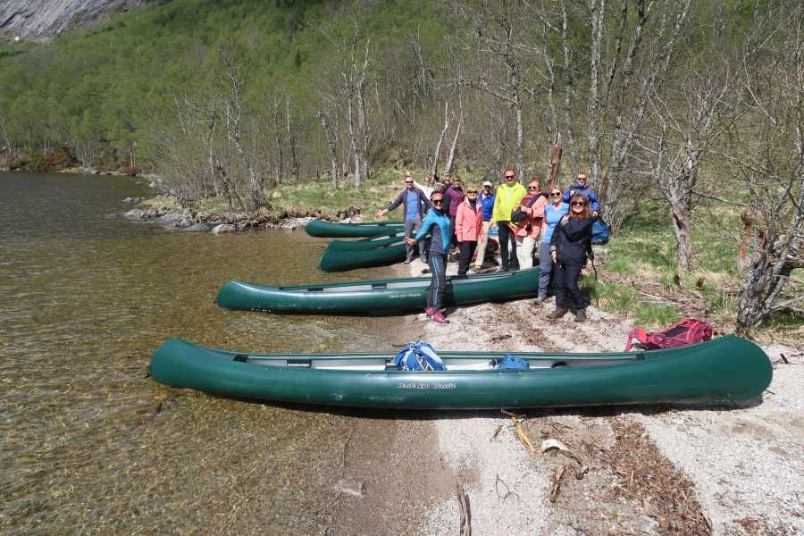 rosendalevent CANOEING AT LAKE MYRDAL