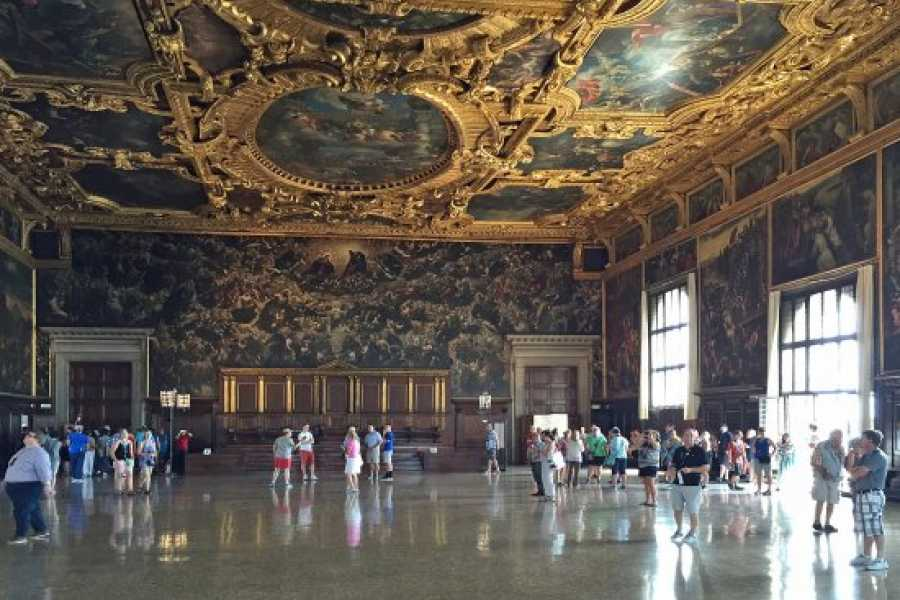 Venice Tours srl THE SECRET'S ITINERARIES OF DOGE'S PALACE