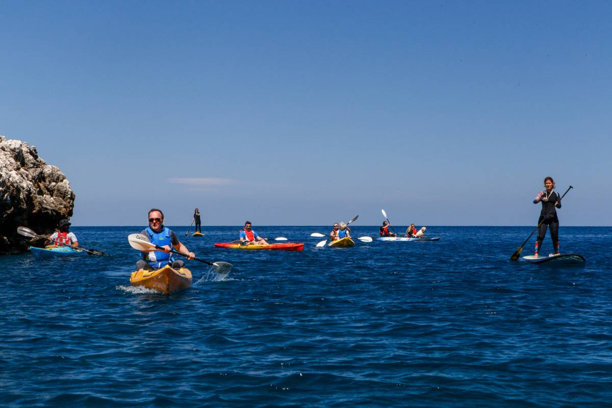Les Hirondelles Ltd Kayak Rental