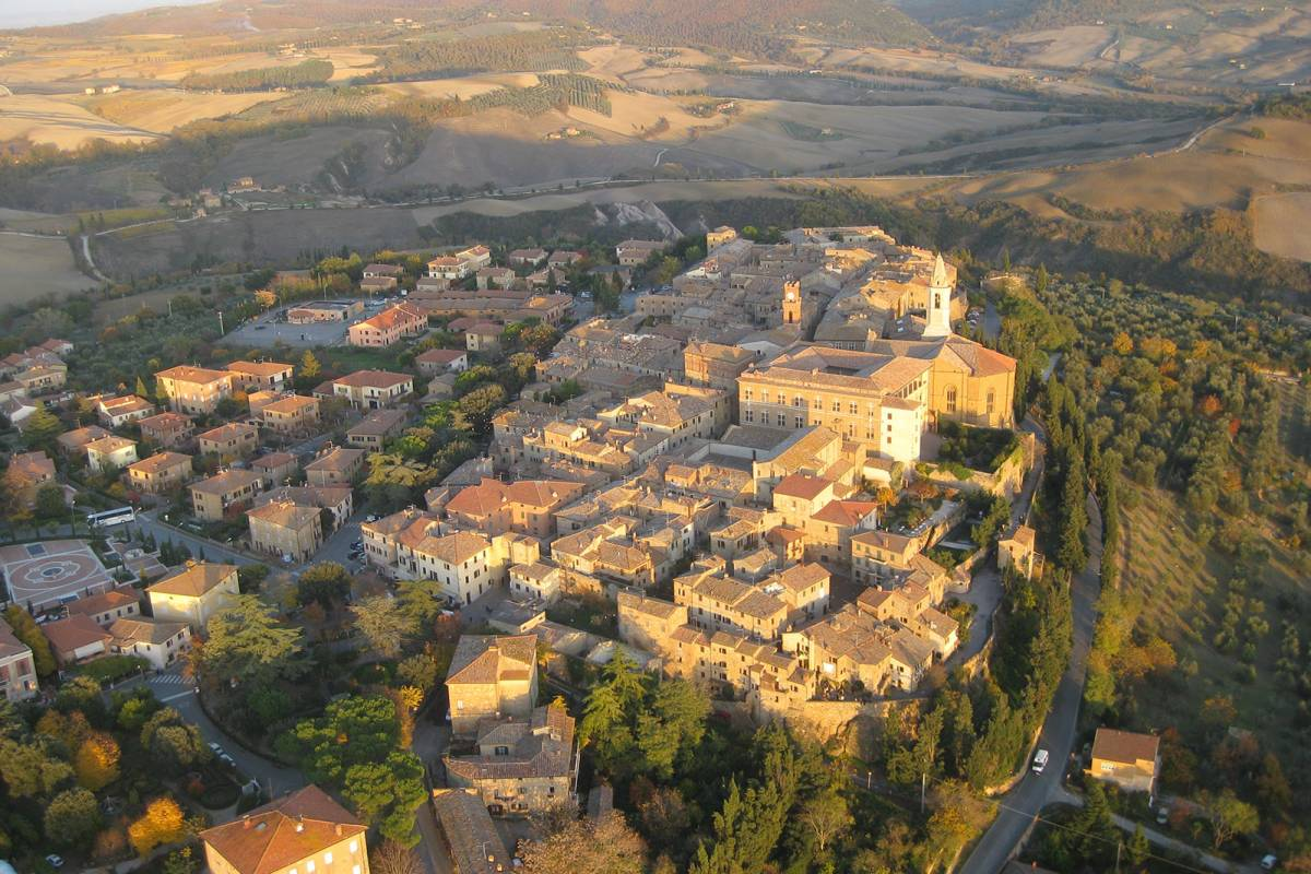 Winetouritaly.com PIENZA & MONTEPULCIANO PRIVATE TOUR