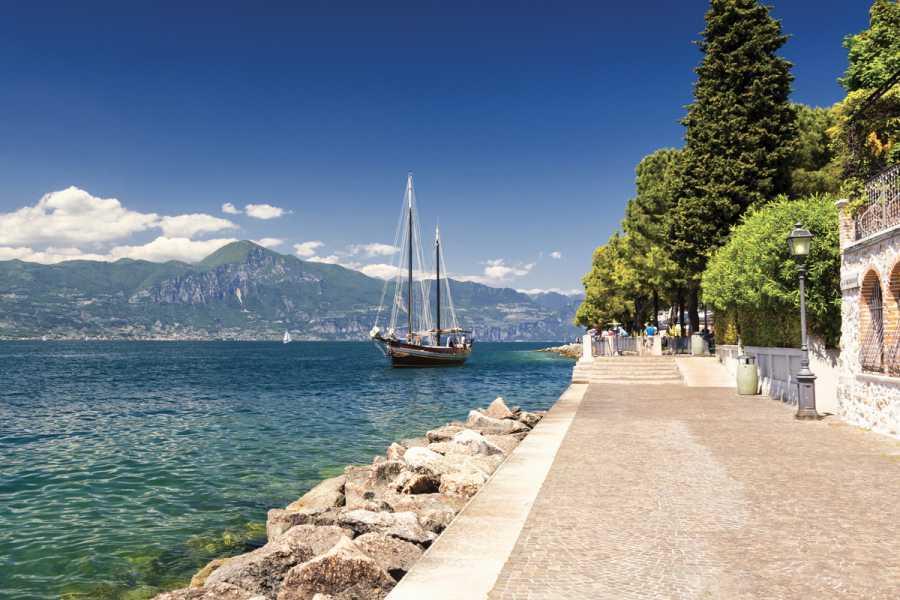 Lookals Verona & Garda Lake Day-trip from Milan