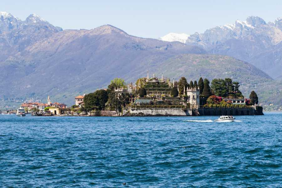 Lookals Jewels of Lake District: Lake Maggiore & Lake Orta