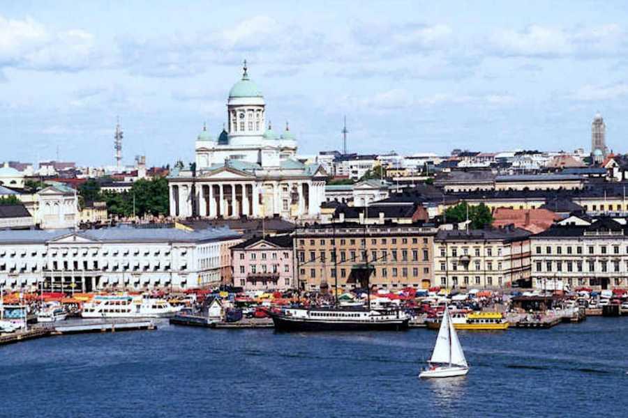 walks in europe Helsinki Walking Tour - Shared Option