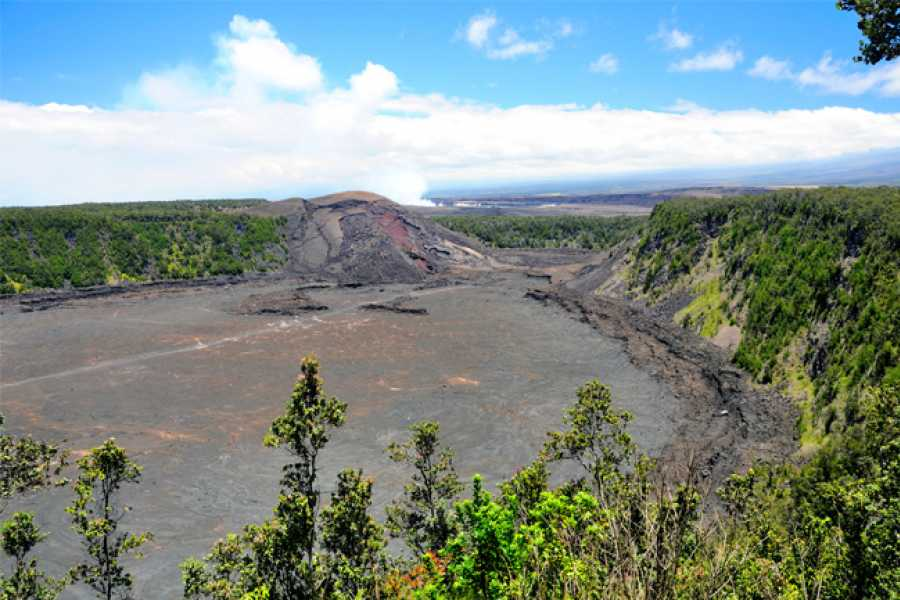 Dream Vacation Builders Hawaii Volcano Adventure & Blue Hawaii Helicopter