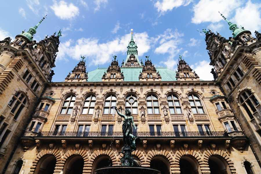 SANDEMANs NEW Europe Hamburg Appetiser Private City Tour
