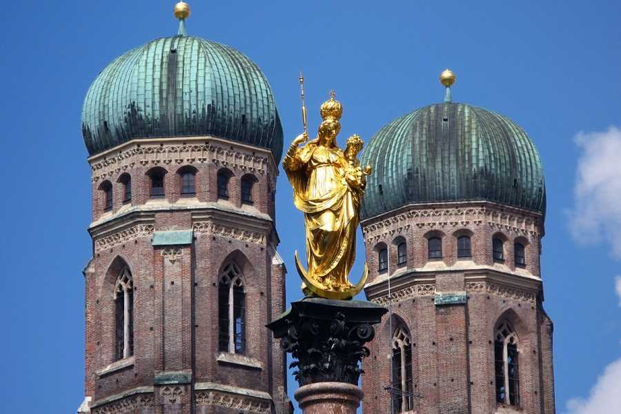 SANDEMANs NEW Europe Munich General Private City Tour