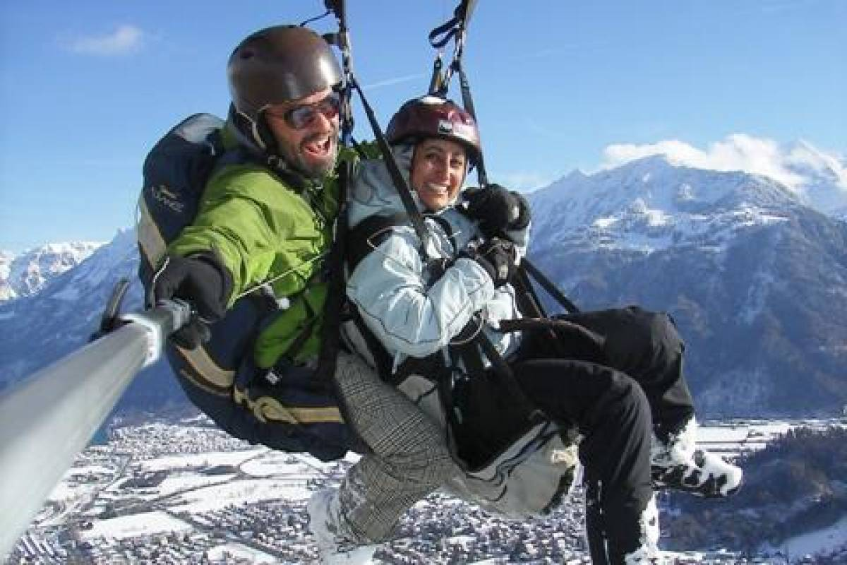 "Paragliding Interlaken GmbH Paragliding ""Big Blue"" Winter"