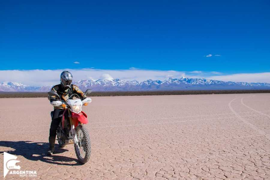 Argentina Moto Tours RUTA DE LOS DINOSAURIOS 5 Días
