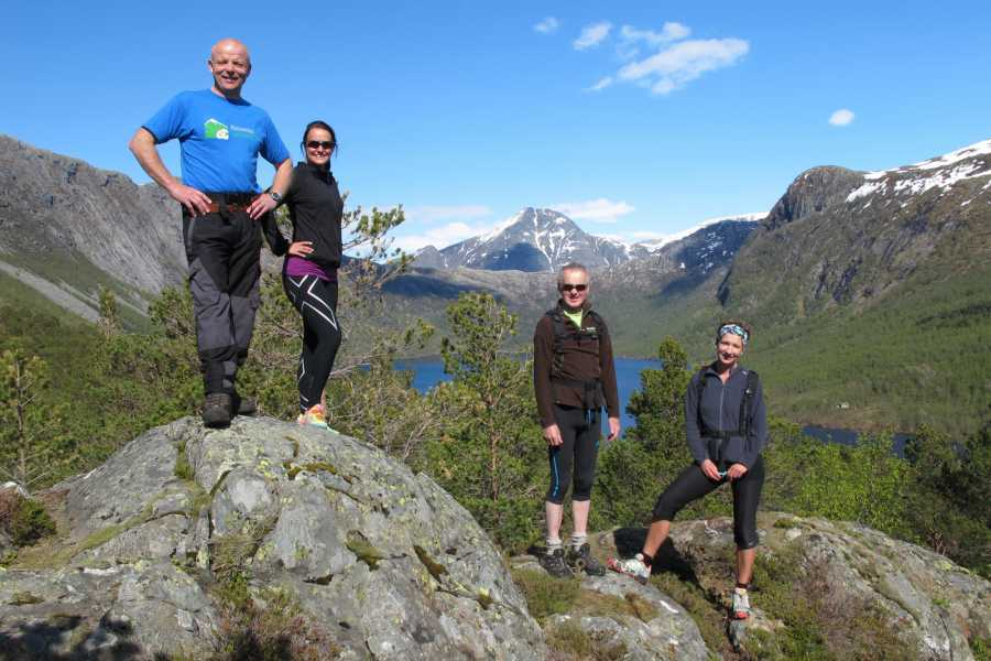 rosendalevent HIKE TO LAKE MYRDAL