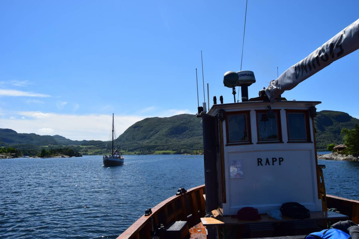 www.gosta.co Go Fjordcruise with a Old, charming Norwegian boat
