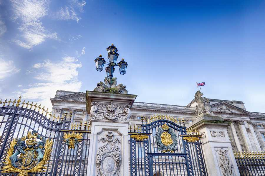SANDEMANs NEW Europe London Appetiser Private City Tour