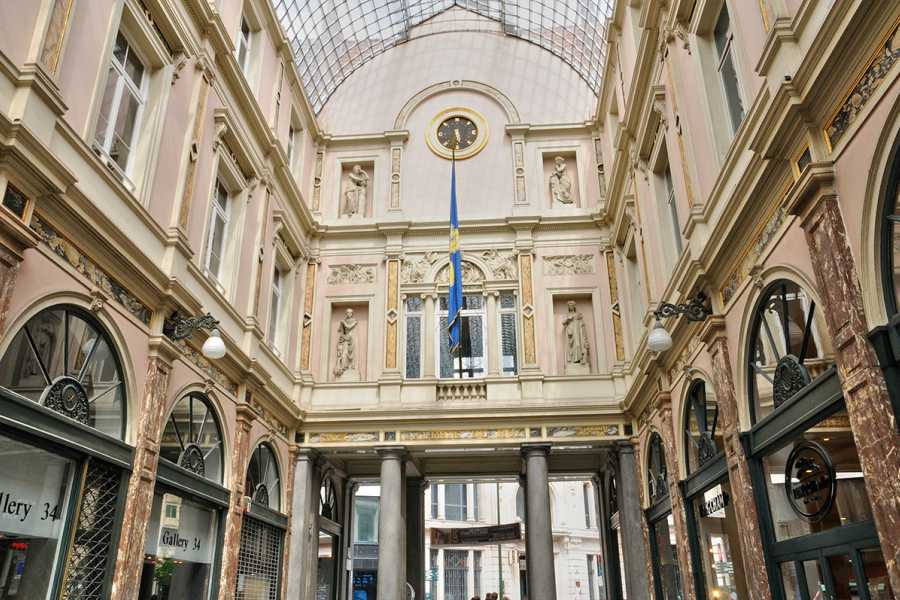 SANDEMANs NEW Europe Brussels Appetiser Private City Tour