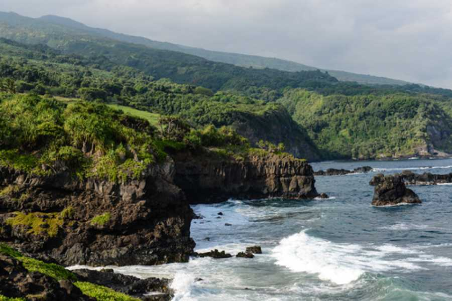 Dream Vacation Builders Oahu to Maui: Hana Highway Adventure Tour