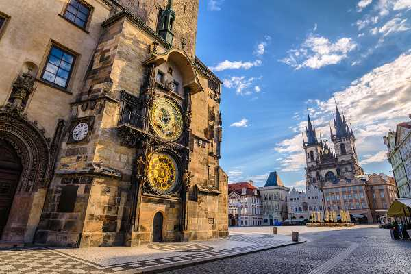 2-hour Prague Old Town & New Town Private Tour