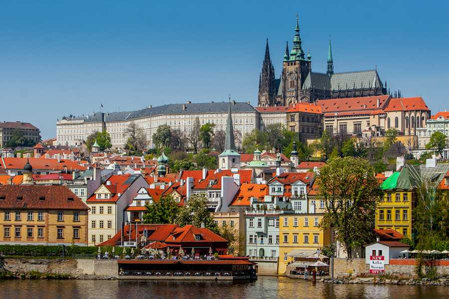 SANDEMANs NEW Europe Prague Appetiser Private City Tour - Route B) Old Town & New Town
