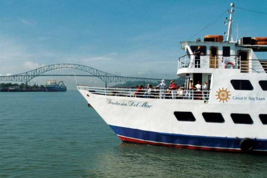 Aventuras 2000 Panama Canal Partial Transit