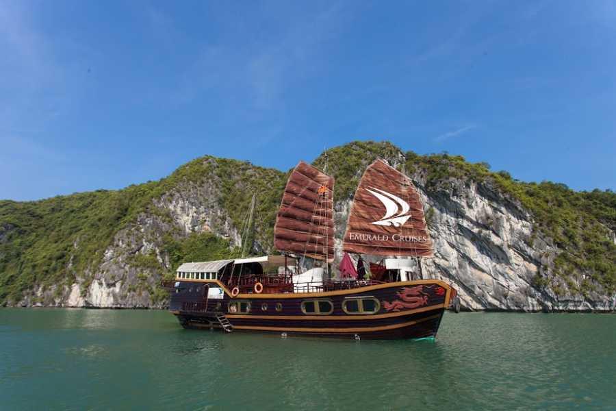 Friends Travel Vietnam Emerald Cruise   2D1N Halong Bay