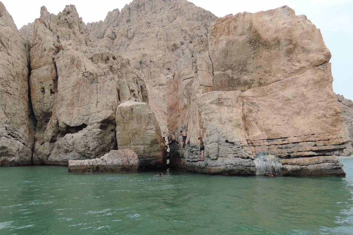Adventurati Outdoors Deep Water Solo in Dibba