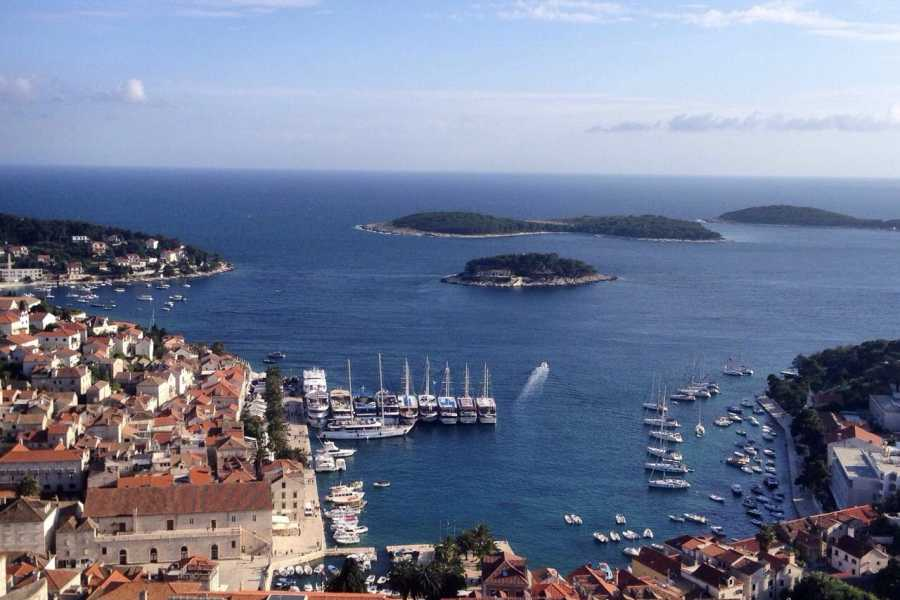 Nature Trips Croatian Islands Hopping - Dubrovnik to Split  via Korcula,Hvar and Brac