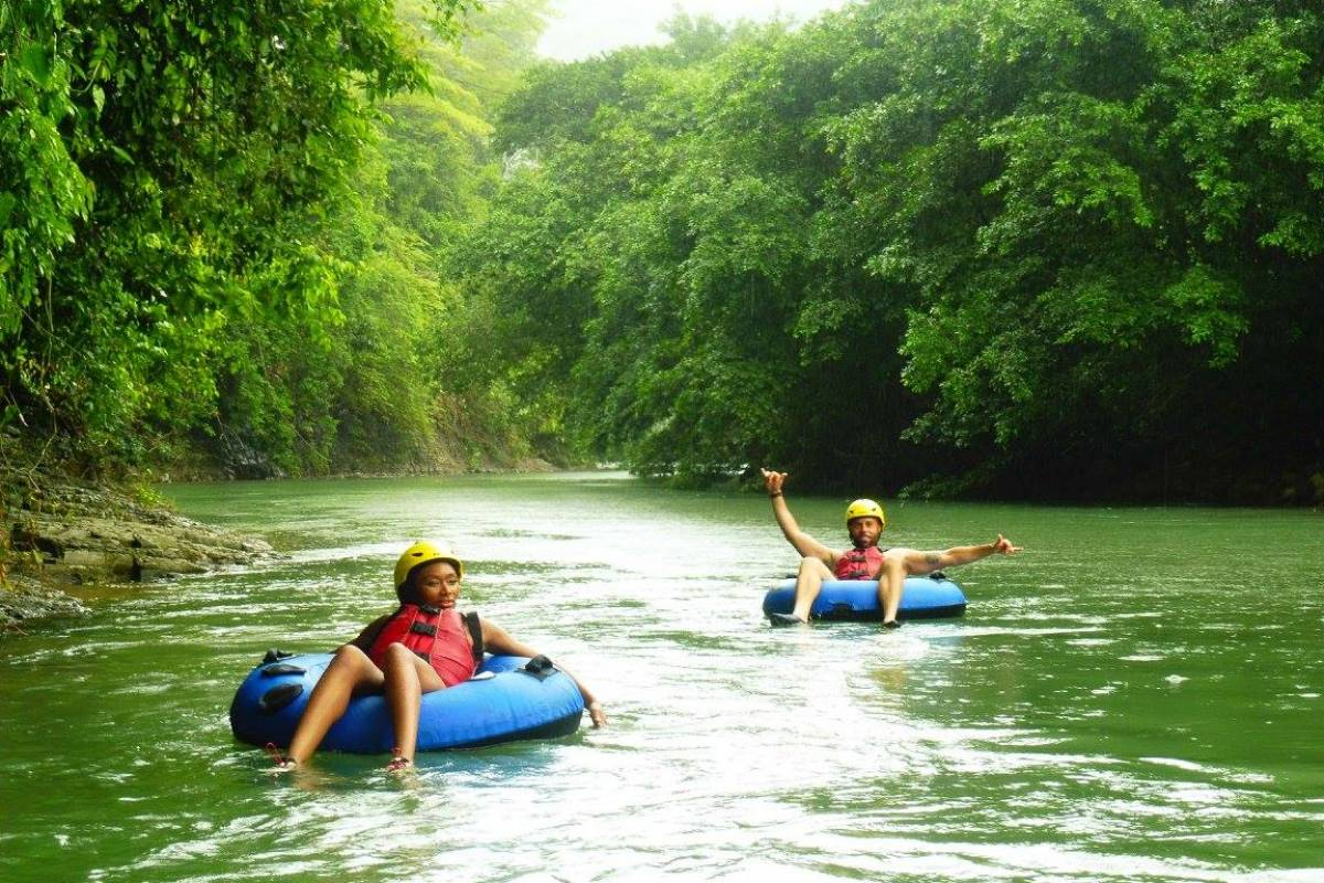 Uvita Information Center Tubing and Floats
