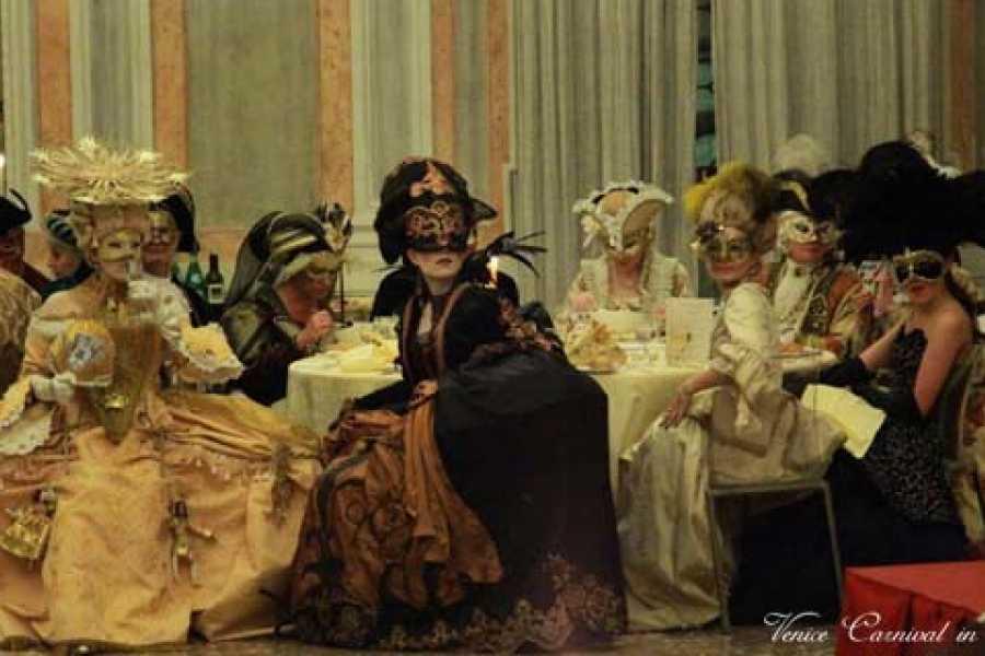 Venice Tours srl MINUETTO DI CARNEVALE AL RIDOTTO