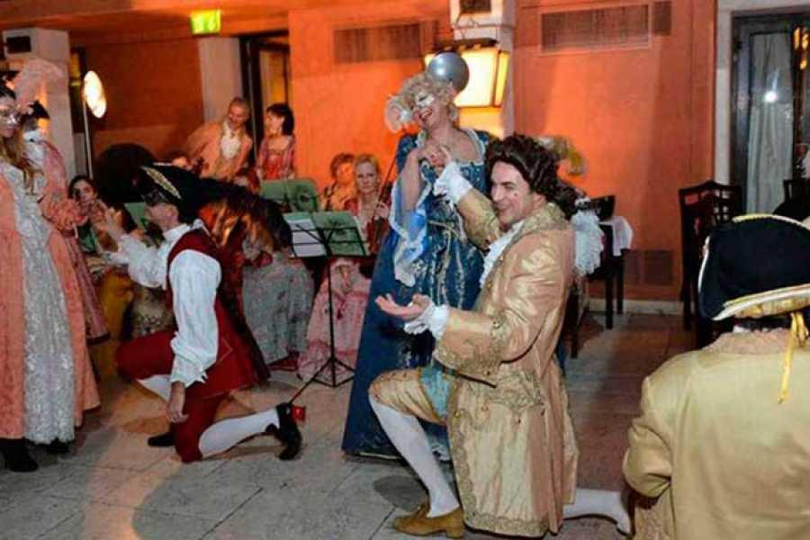 Venice Tours srl Carnevale Ultimo valzer a Venezia