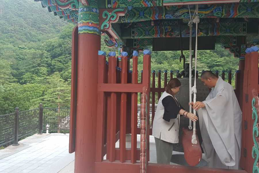 HanaTour ITC Authentic Korea 3days including Seoul, Gyeonggi, Gangwon and Temple Stay Tour