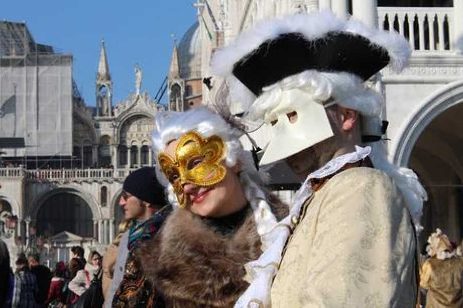 Venice Tours srl CARNIVAL COSTUMES