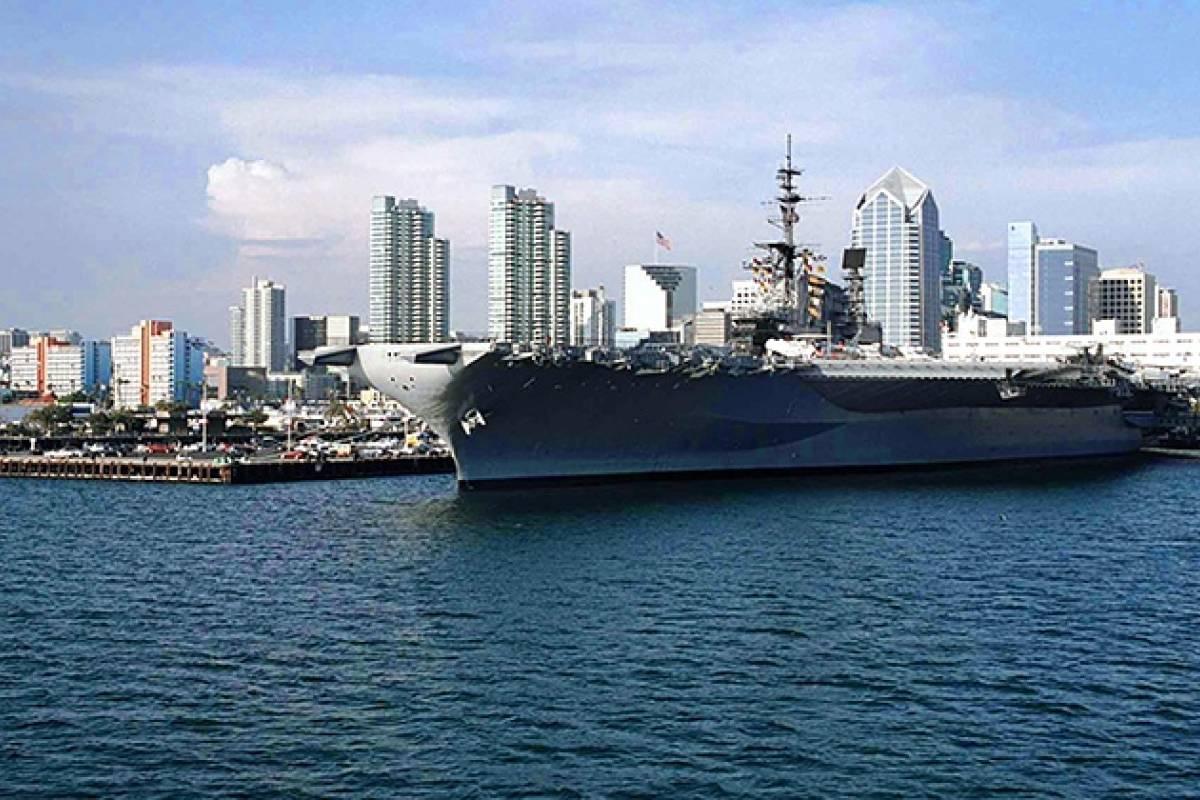 Dream Vacation Builders Hornblower Yacht Dinner Cruises San Diego