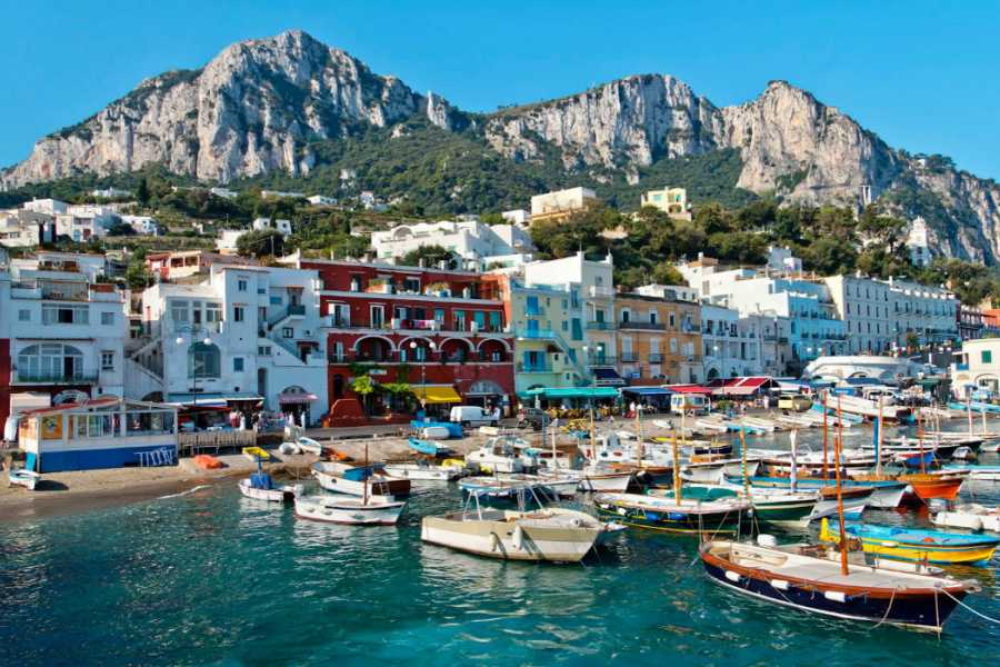 Italy on a Budget tours PRIVATE CAPRI BUS