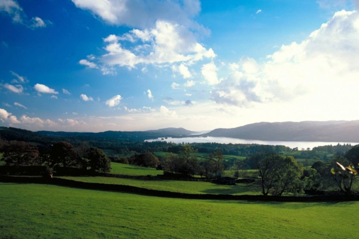 AnyActivities by H.I.S. A day trip to Lake District by Rail