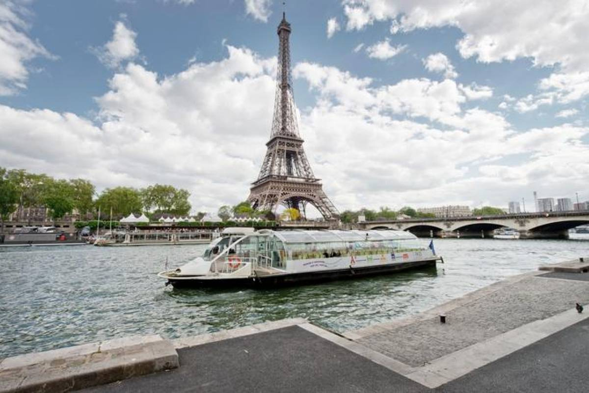 Muslim History Tours Panoramic View of Paris