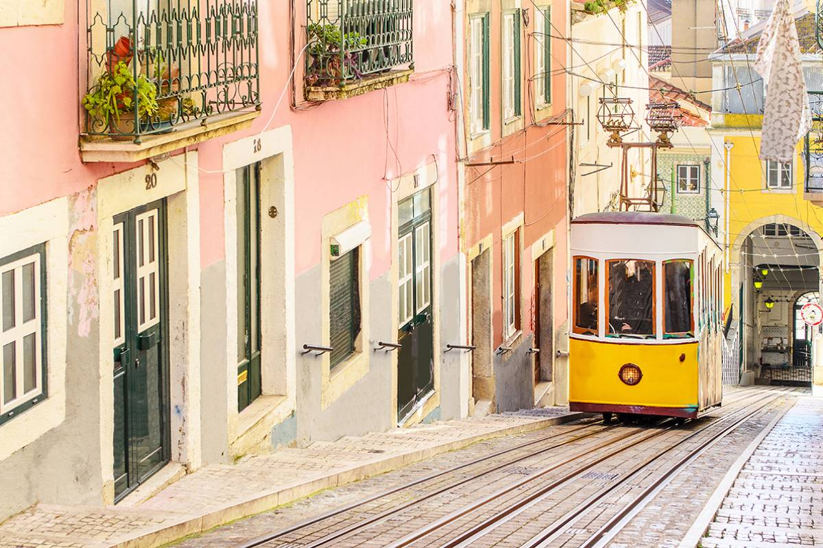 SANDEMANs NEW Lisbon Tours FREE Tour of Lisbon