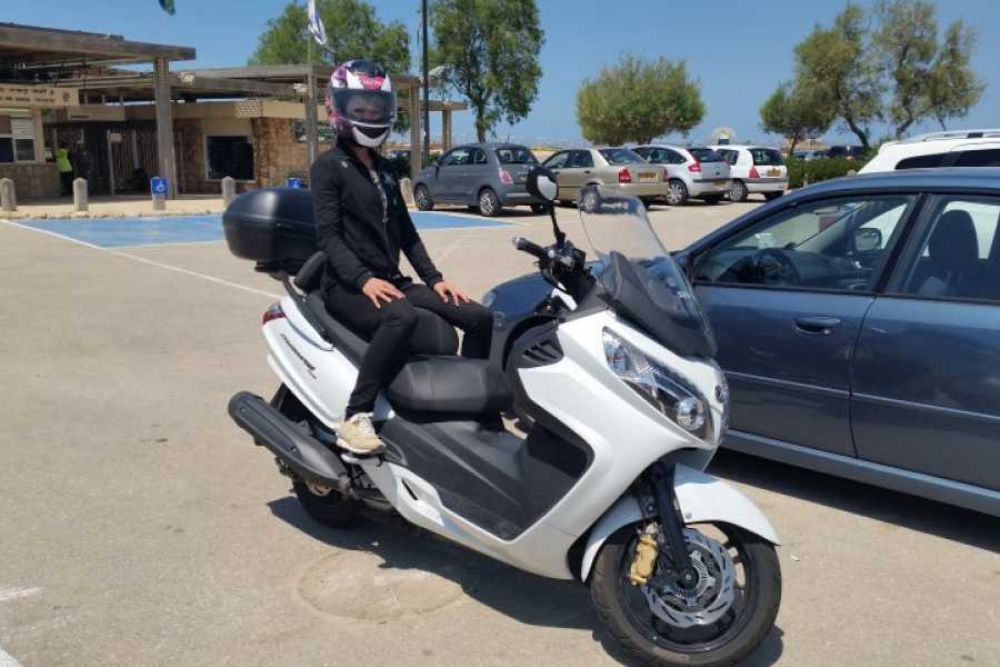 Bikelife - Motorcycle Tours in Israel SanYang MaxSym400 rental