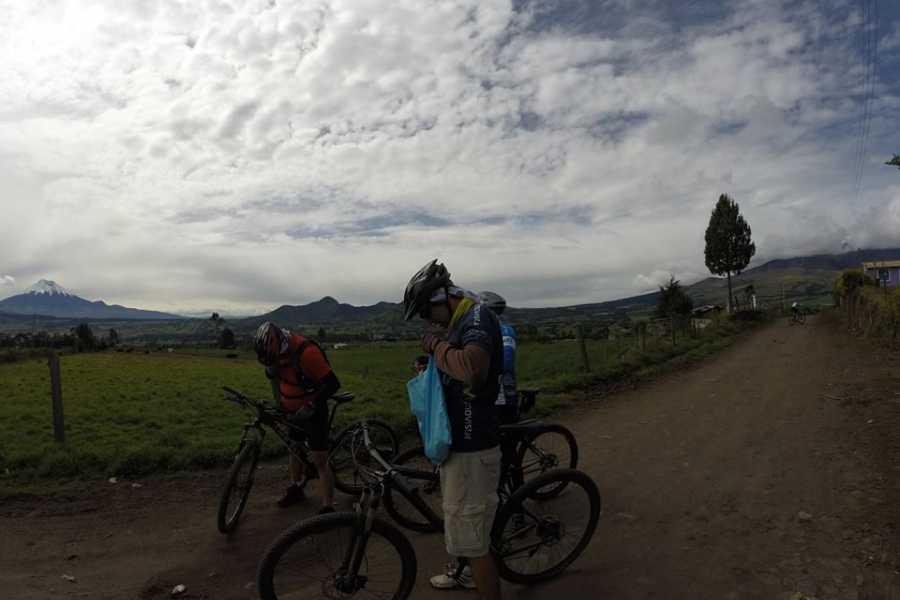 Viajando por Ecuador CHAQUIÑAN BIKING TOUR