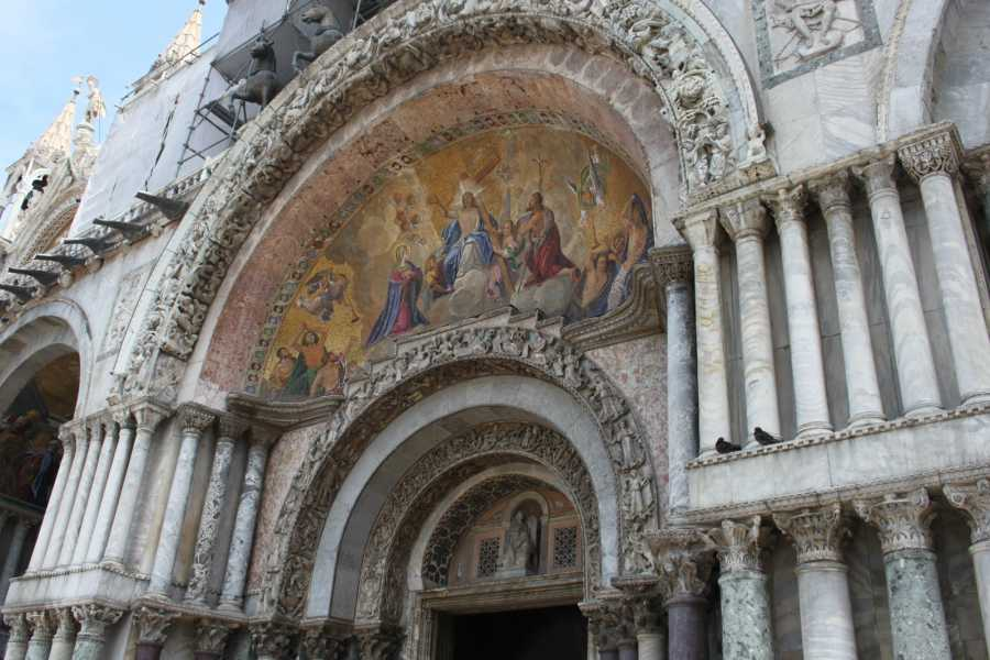 Venice Tours srl San Marco Doge's Palace Skip the line and Guide book