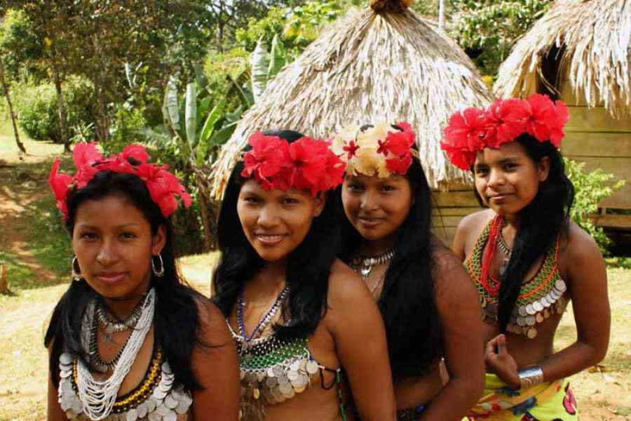 Aventuras 2000 04 - Embera Indian Culture Tour