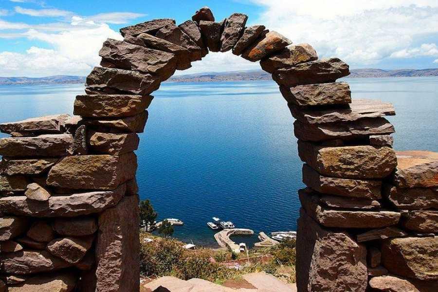 mystic lands peru UROS  LUQUINA  TAQUILE