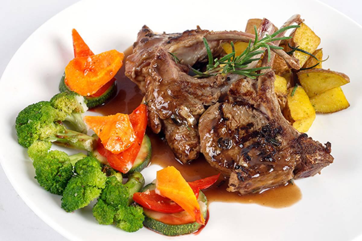 Viet Ventures Co., Ltd Western set dinner at MH Bistro