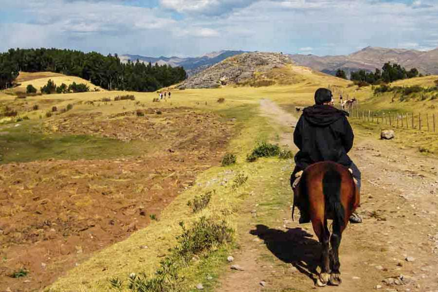 mystic lands peru TOUR A CABALLO CUSCO